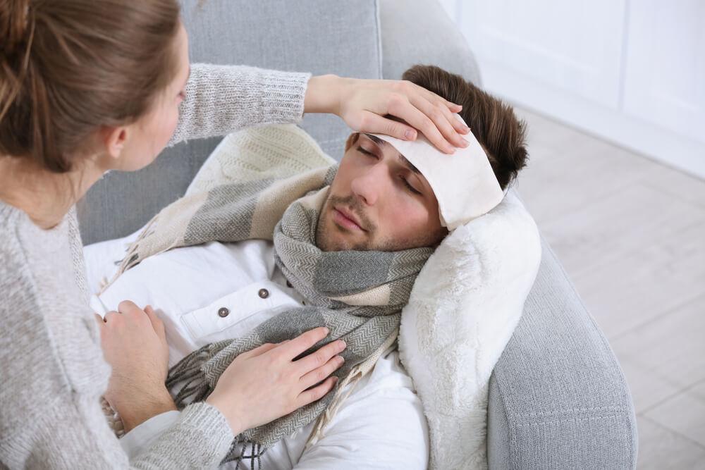 Суха кашлица - може да се повлияе добре с компреси на гърлото и търдите.