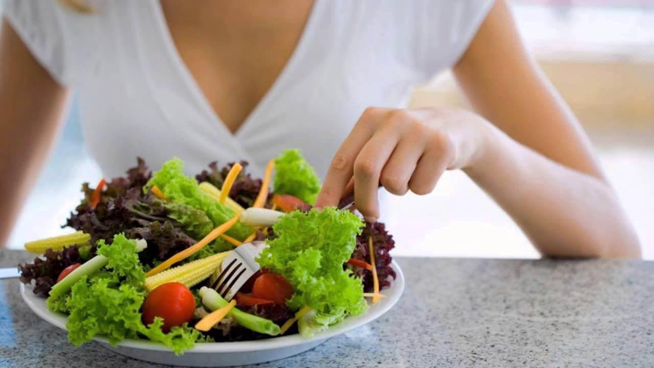 Салата за леко хранене след прехранване