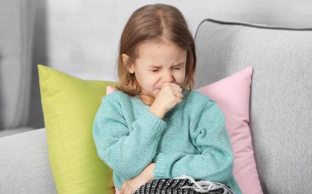 Суха кашлица при деца - причини, видове и лечение.