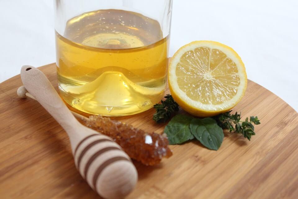 Консумирането на мед влияе добре на имунната система и действа благоприятно върху редица процеси в организма.