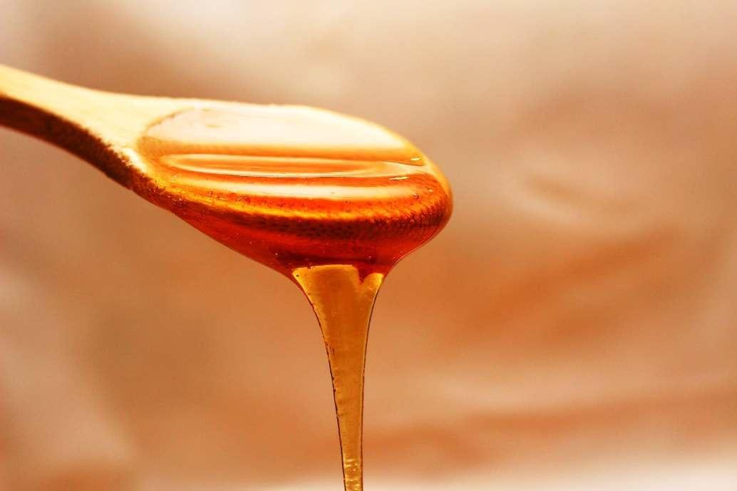 Пчелен мед - натурален продукт за превенция и лечение срещу проблеми с дихателните пътища.