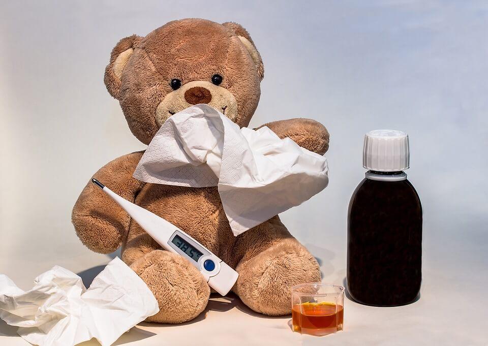 Кашлицата при деца и бебета определено не е за пренебрегване. При бебета в кърмаческа възраст, задължително следва да потърсите лекарска помощ.