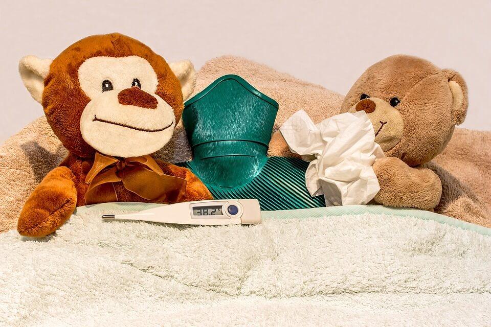 Най-честата причина за кашлица са вирусите. Затова асоциираме този симптом със сезонни заболявания и настинки.