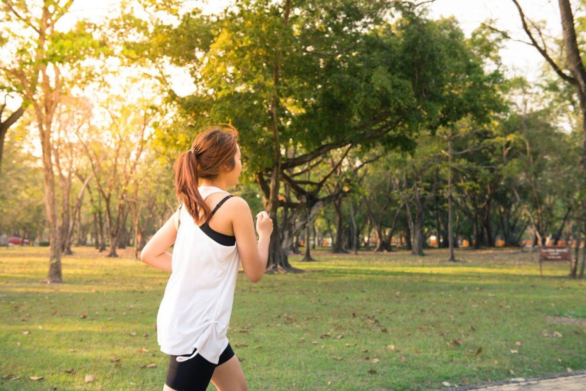засилване на имунитета - спортуваща жена